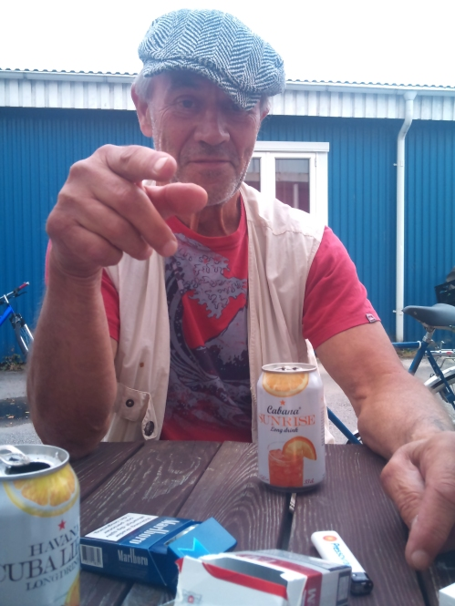 Arne Lundström: Marmeladkungens pressfotograf iklädd min keps. Fotografi: Fredrik F. G. Granlund